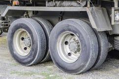 Vrachtwagen op wielen Royalty-vrije Stock Fotografie