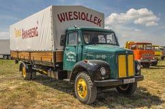 Vrachtwagen Scania 50 Royalty-vrije Stock Foto's