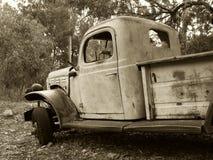 Vrachtwagen in Sepia stock afbeelding