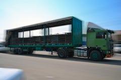 Vrachtwagen van de kant Stock Afbeeldingen