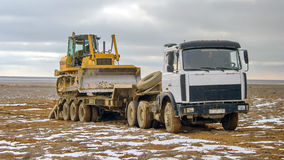 Vrachtwagen, wegtractor Stock Afbeeldingen