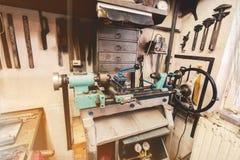 Vrai atelier domestique de la maison DIY Photographie stock