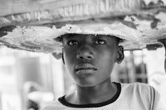 Vraies personnes au Togo, en noir et blanc Photographie stock