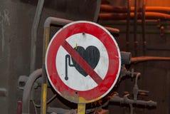Vredesmaker verboden teken in gieterij royalty-vrije stock foto