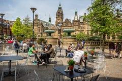 Vredestuinen en koffiewinkel in Sheffield royalty-vrije stock foto