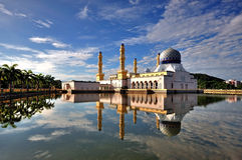 De drijvende Moskee van de Stad in Kota Kinabalu Sabah Borneo Royalty-vrije Stock Afbeeldingen