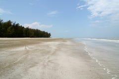 Vreedzaam strand stock afbeeldingen