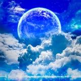 Vreedzame achtergrond, nachthemel met volle maan Stock Afbeelding