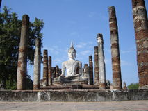 Vreedzame Boedha in het Historische Park van Sukhothai stock fotografie