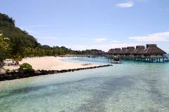 Vreedzame oceaan beachview, Borabora, Franse Polynesia Stock Fotografie