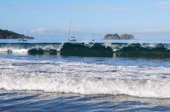 Vreedzame Oceaangolven Royalty-vrije Stock Foto's