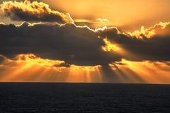 Vreedzame OceaanZonsondergang royalty-vrije stock fotografie