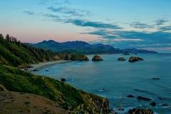Vreedzame Zonsondergang (Ecola-het park van de Staat in Oregon) Royalty-vrije Stock Afbeeldingen