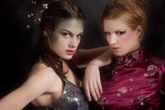 Vreemd paar van meisjes royalty-vrije stock foto's