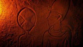 Vreemde Afbeelding in de Oude Gravure van Egypte stock videobeelden
