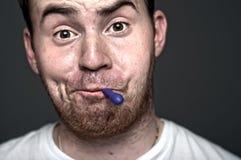 Vreemde gezichtsuitdrukkingen Stock Foto's