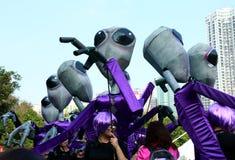 Vreemdeling in Grote Finaleparade Royalty-vrije Stock Foto