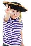 Vreselijk piraatmeisje in overhemd en hoed stock foto's