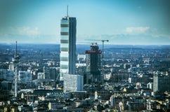 Vridna och det raka står högt, Citylife, Milan Royaltyfria Foton