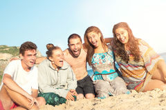 Vrienden in de zomer Royalty-vrije Stock Afbeeldingen