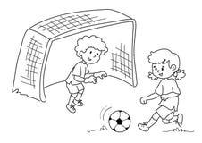 Vrienden die voetbal spelen Stock Foto