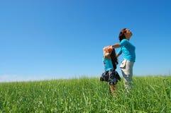 Vriendschap en geluk van mum en dochter Stock Fotografie