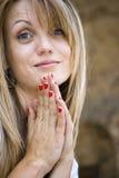 Vrij het jonge vrouw bidden stock foto
