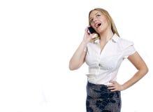 Vrij jonge bedrijfsvrouw die een telefoongesprek maken Stock Foto's
