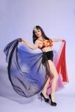 Vrij jonge vrouwelijke danser met sluiers royalty-vrije stock foto