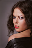 Vrij krullend brunette Royalty-vrije Stock Foto