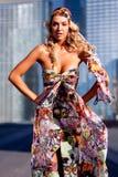 Vrij sexy blonde vrouw royalty-vrije stock afbeeldingen