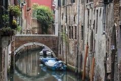 Vrij Steeg in Venetië Stock Foto
