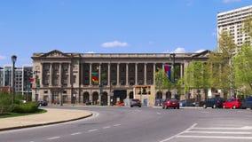 Vrije bibliotheek van van de de zomerdag van Philadelphia de straatpanorama 4k Pennsylvania de V.S. stock videobeelden