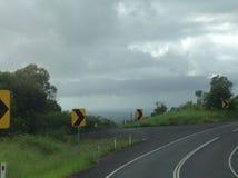 Vrillage de la route sur la montagne Images libres de droits