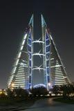 värld för handel för bahrain center nattplats Arkivfoton