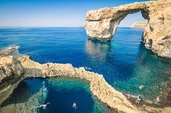 Världen berömda Azure Window i den Gozo ön - Malta Arkivbilder