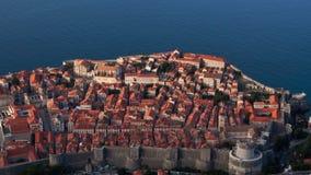 Vroeg de tijdspanneschot van de ochtendtijd, de oude stad van Dubrovnik stock footage