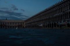 Vroeg ochtendbeeld van Piazza San Marco stock foto's