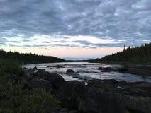Vroege ochtend bij Kleine Lule-Rivier, Purkijaur Zweden Stock Foto