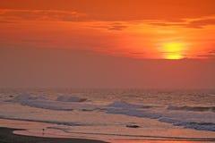 Vroege ochtend op het strand Stock Foto's