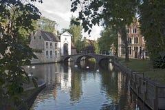 Vroege ochtendscène in Brugge, België Stock Afbeeldingen