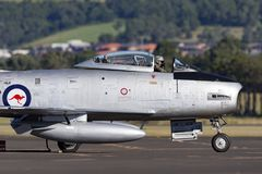 Vroeger Koninklijk Australisch de Vliegtuigenbedrijf CA-27 van de Luchtmachtraaf Commonwealth het Noordamerikaanse F-86 Sabel str stock afbeelding