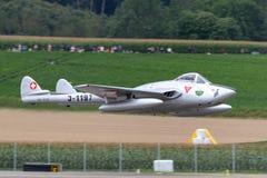 Vroegere Swiss Air-Kracht de Havilland DH 100 Vampie FB 6 vliegtuigen hb-RVN royalty-vrije stock foto's