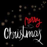 Vrolijk Kerstmis rood en wit grunge het van letters voorzien ontwerp op zwarte achtergrond met gouden sneeuwvlokken vector illustratie