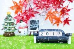Vrolijk Kerstmisachtergrond en nummer 2017 t Stock Foto's