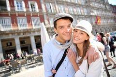 Vrolijk paar in Madrid royalty-vrije stock foto