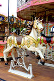 Vrolijke de carrousel gaat om Paardpaarden Royalty-vrije Stock Fotografie