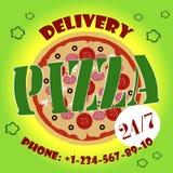 Vrolijke jonge bezorger die een pizzadoos houden terwijl geïsoleerd op wit vector illustratie