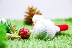 Vrolijke Kerstmis aan golfspeler Stock Fotografie