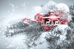 Vrolijke Kerstmis en een Gelukkige Nieuwjaarprentbriefkaar Stock Afbeelding
